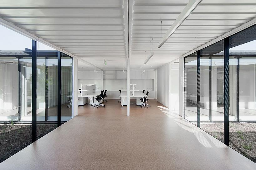 room-11-royal-wolf-melbourne-headquarters-designboom-11