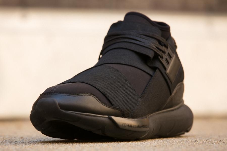 adidas-qasa-hi-black-03