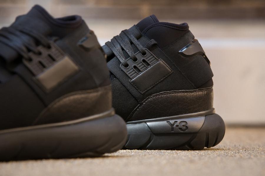adidas-qasa-hi-black-04