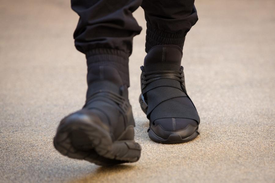 adidas-qasa-hi-black-08