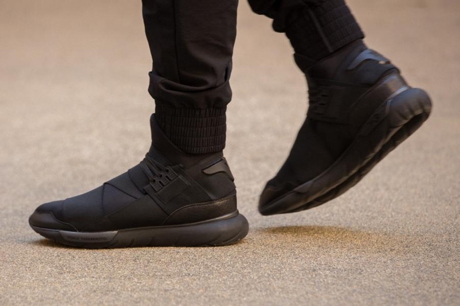 adidas-qasa-hi-black-09