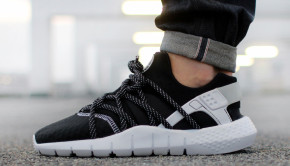 nike-huarache-nm-black-white-01-960x640