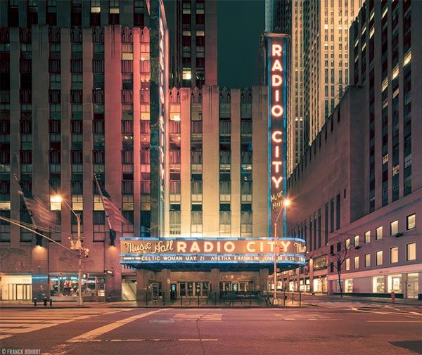Radio-City-Music-Hall-from-the-Light-On-photo-series-of-New-York-City (1)