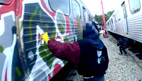 Hit-The-Road-Kokot-Official-Vandal-511