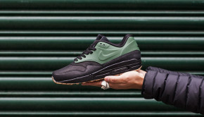 Nike-Air-Max-Vac-Tech-Gorge-Green-1