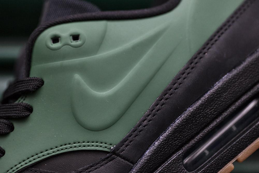 Nike-Air-Max-Vac-Tech-Gorge-Green-2