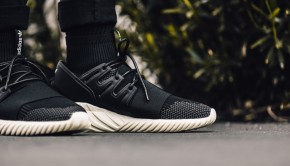 adidas-originals-tubular-doom-reflective-black-2
