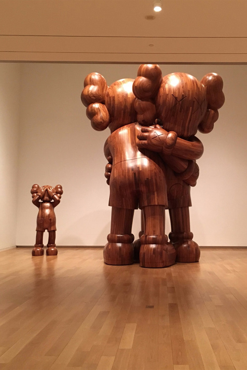 full-look-kaws-where-the-end-starts-exhibition-6
