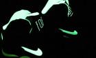 Nike svítí ve tmě. Konečně!